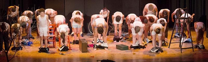 Giovani bresciani al centro della scena: quando il teatro è teatro civile