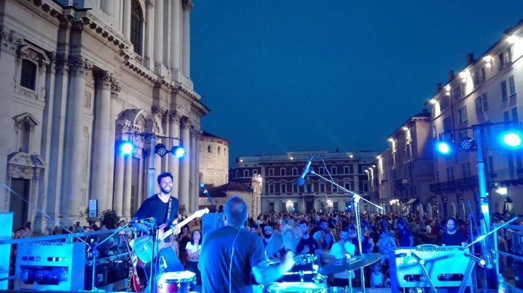 Volontari per Brescia: come aiutare la città con i festival musicali